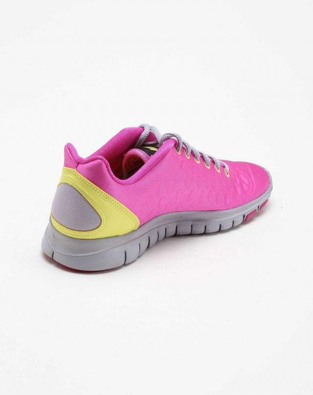 NIKE Кроссовки женские WMNS FREE TR FI, pink, yellow. Фото N2