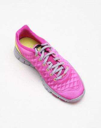 NIKE Кроссовки женские WMNS FREE TR FI, pink, yellow. Фото N4