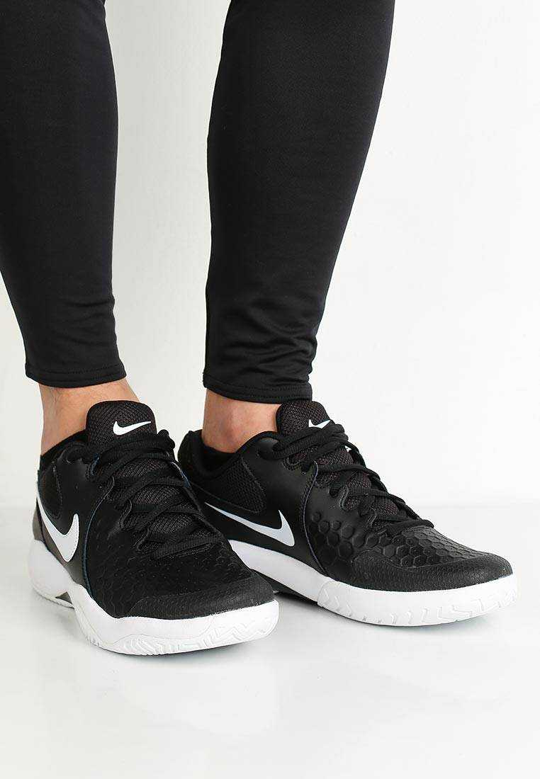 NIKE Кроссовки мужские AIR ZOOM RESISTANCE, black, white. Фото N5