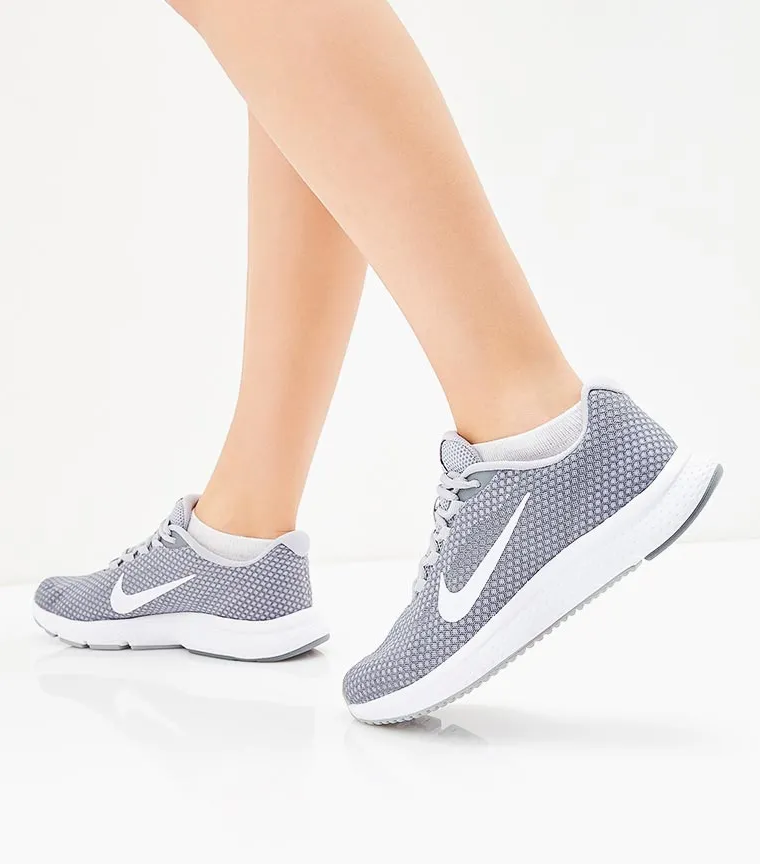 NIKE Кроссовки RunAllDay Running Shoe, grey. Фото N5