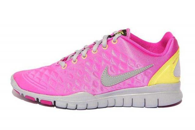 NIKE Кроссовки женские WMNS FREE TR FI, pink, yellow